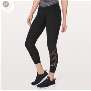 "🍋Lululemon ""keep your form"" 7/8ths leggings"